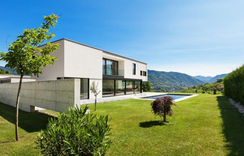 construire une maison neuve avec piscine