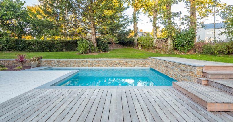 terrasse en bois tendances piscine